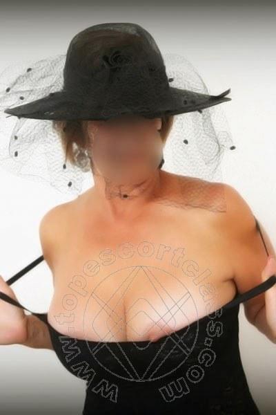 Simona Italiana  DESENZANO DEL GARDA 3711891075